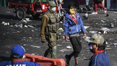 Photo of Chile pasa los 70.000 contagios tras otro récord diario, mientras hay protestas sociales