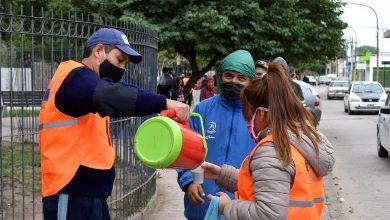 Photo of Guardia Urbana: Operativo de seguridad y café para la gente que espera su turno